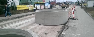 Przebudowa ciągu ul. Zwoleńskiej i Żegańskiej w dzielnicy Wawer z przeprowadzeniem ruchu pod linią kolejową