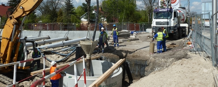 Trwają prace na budowie Zwoleńska, Żegańska