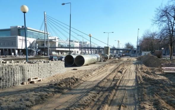 Budowa kanału deszczowego DN1200 w ul. Wołoskiej